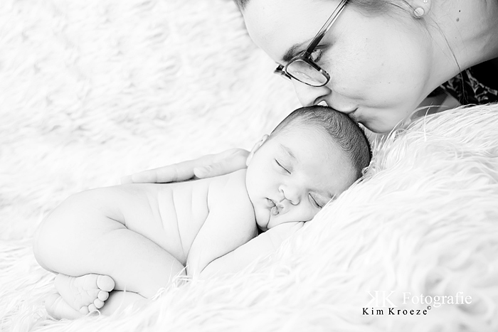 Newbornreportage Emmie